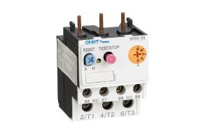 NR8系列热过载继电器(以下简称热继电器)适用于交流 50Hz/60Hz、电压至 690V,电流0.1A~38A的长期工作或间断长期工作的交流电动机的过载与断相保护。热继电器还具有温度补偿、动作指示、自动与手动复位、停止等功能,产品性能稳定可靠。